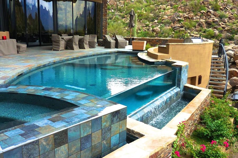 Hammerhead International Aquatica San Diego